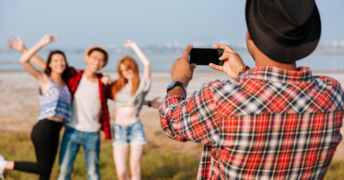 benefits of video marketing friends video shoot
